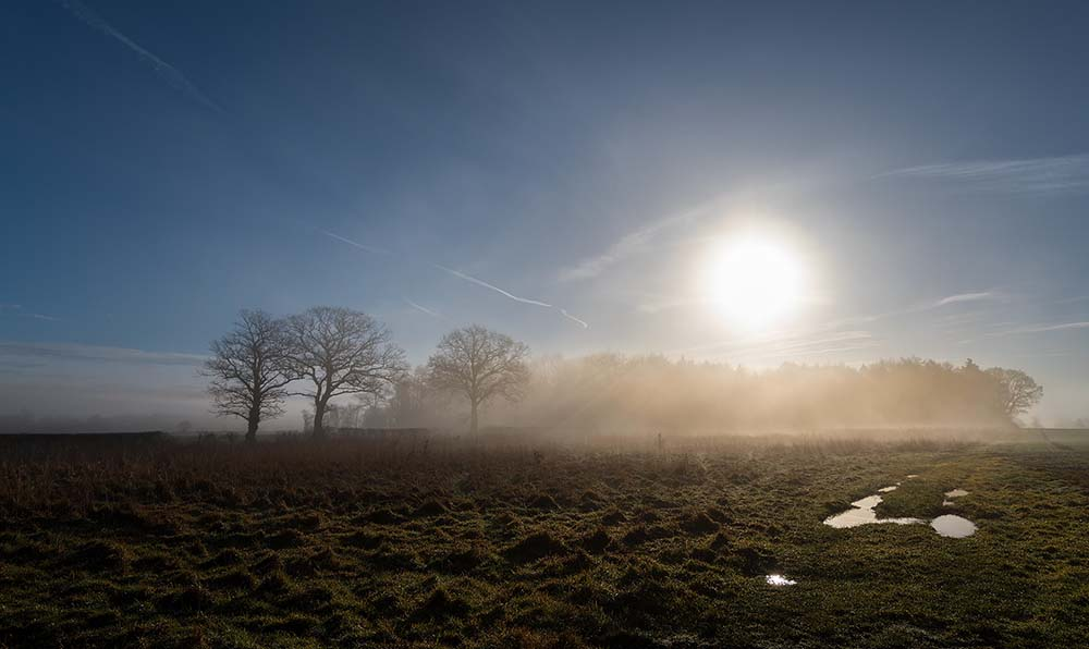 Alveley fog and sun.